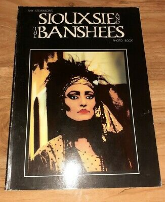 Siouxsie And The Banshees Photo Book • 45£