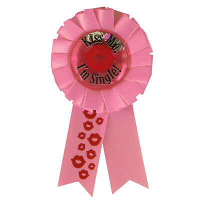 Kiss Me Im Single Badge Rosette Pin Divorce Hen Party Stag Do Adult Joke Item • 3.29£