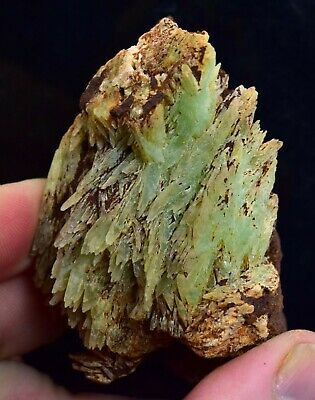 $ CDN1522.43 • Buy 7.1cm PHOSPHOPHYLLITE BUTTERFLY TWINS CRYSTALS BOLIVIA LIMONITE JADE COLOR I112
