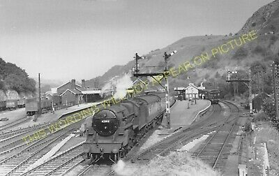 Miller's Dale Railway Station Photo. Peak Forest -Monsal Dale. Chinley Line (26) • 3.50£