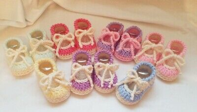 Handmade Crochet Baby Shoes    7 Colours : Newborn And 0-3 Months • 1.60£