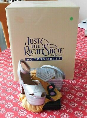 Just The Right Shoe By Raine Musical - Silver Kitten Cabaret • 15£