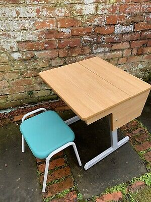 Childs School Desk With Stool • 5£