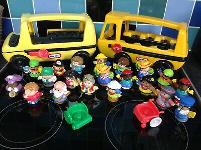 Little Tikes Fisher Price Little People School Buses, Wheelchairs & 20 People  • 10£