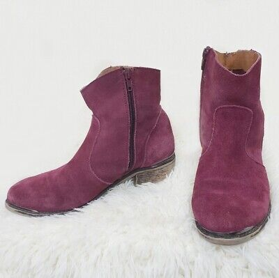 $40 • Buy Anthropologie Mtng Original Burgundy Suede Booties Sz. 7