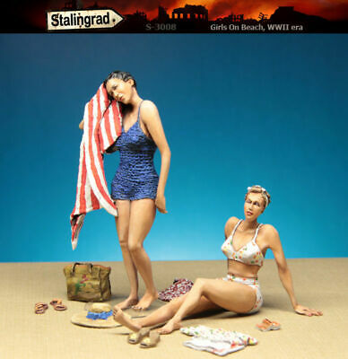 1/35 Scale Resin Figure Kit 1940's Girls On Beach • 24.99£