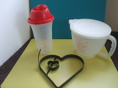 $22.99 • Buy TUPPERWARE Lot ~ 4 Cup Measuring Pitcher, Quick Shake + Pancake/Egg Mold By AMCO