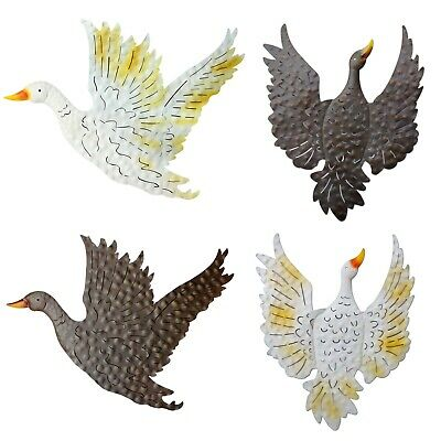 Garden Wall Art Flying Duck Hanging Goose Ornament Farmyard Home Decor Metal NEW • 19.99£