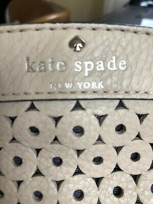 $85 • Buy Kate Spade Leather Handbag Satchel -off White / Bone. Beautiful For Summer!