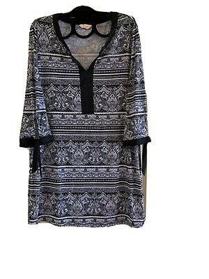 AU8 • Buy Womens Plus Size Clothing Millers - Size 18 Black And White Tunic
