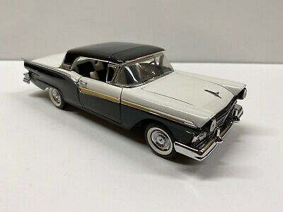 $26.25 • Buy Franklin Mint 1957 Ford Fairlane Skyliner Retractable HT 1:24 Scale Die Cast Car