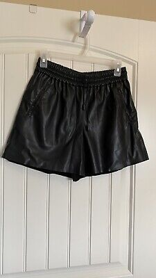 $25 • Buy Zara Woman Black Faux Leather Shorts Size Small