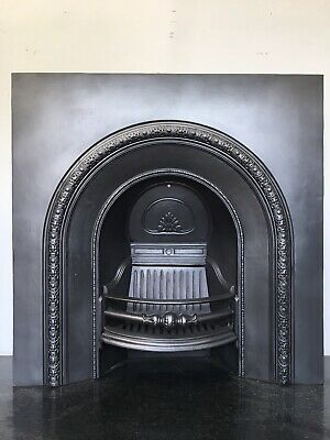 Antique Victorian Style Cast Iron 37⅝ X 37⅝ Arched Insert Fireplace (LG013) R • 380£