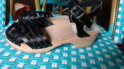 $40 • Buy Maguba Sweden Barcelona Navy Woven Leather Clog Low 38 8M