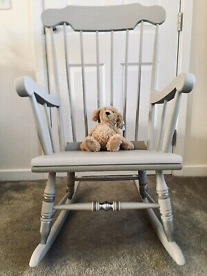 Beautiful Nursery Rocking Chair • 180£
