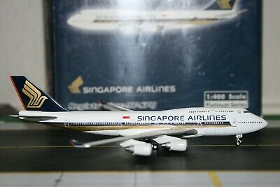 AU278 • Buy Phoenix 1:400 Singapore Airlines Boeing 747-400 9V-SPQ (PH10257) Model Plane