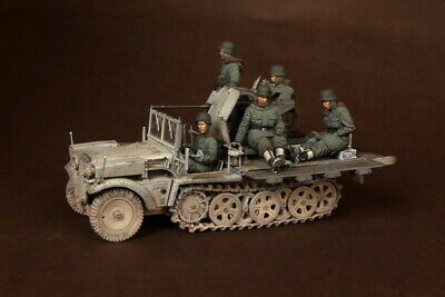 1/35 Scale Resin Figure Kit WW2 German Crew For Sd.Kfz.10/4 Fur 2cm FlaK 30  • 59.99£