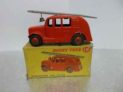 Dinky 250 Steamlined Fire Engine 1954 Boxed • 49.99£