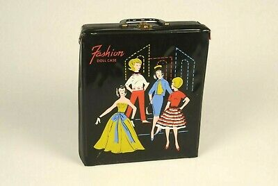 $ CDN61.10 • Buy Vintage Barbie With Fashion Carrying Case From The 60's And 11  Fashion Doll