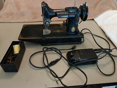 $200 • Buy Vintage Singer Featherweight Sewing Machine