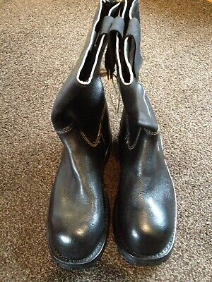 Royal Navy 1970s Issue Deck Boots Black Leather Commando Sole Cold War Falklands • 49.95£
