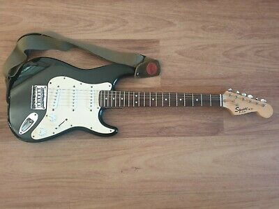 AU80 • Buy Black Fender Squire Mini Electric Guitar
