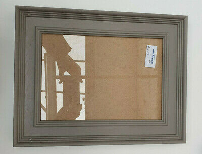 AU176.14 • Buy BUY DIRECT - 52mm SHAPED PALE GREY PHOTOGRAPH/PICTURE FRAME