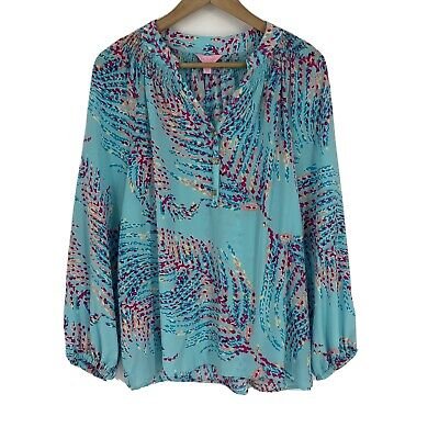 $34.99 • Buy Lilly Pulitzer Top Size Medium Womens Blue Print Blouse Elsa Smocked Popover