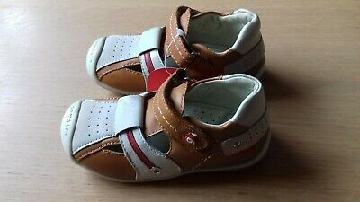 £15 • Buy Garvalin Boys Leather  Shoes BNWT Size 24 (size 7 Approx).