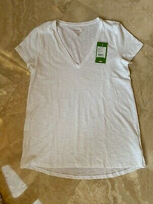 $28 • Buy  LILLY PULITZER ETTA TOP  V-neck Tee Short Sleeve / Resort White / Small