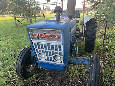 AU3500 • Buy Ford 2000 Tractor 1976