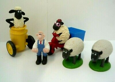 Wallace And Shaun The Sheep Toys • 13.99£
