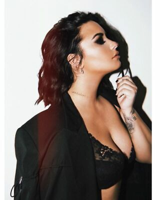 DEMI LOVATO Poster Hollywood Celebrity TV Movie Poster 24 By 36 In 1 • 14.99£