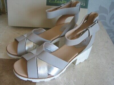 £29.99 • Buy New Clarks Rene Daisy Silver Combi Leather Comfy Wedge Sandals Size 7& 6,6.5,5.5