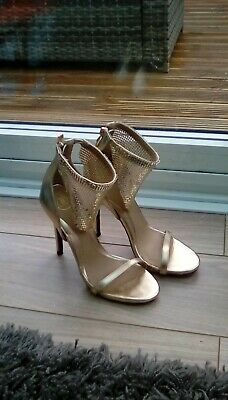 Missguided Gold Shoe/heels Size UK4. Worn Once. Excellent Condition. • 4.99£