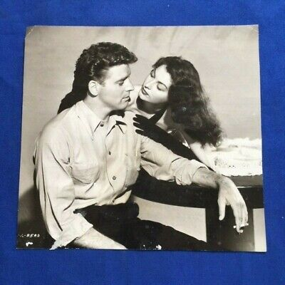 The Killers: Publicity Photograph - Ava Gardner And Burt Lancaster Pictured • 37.99£