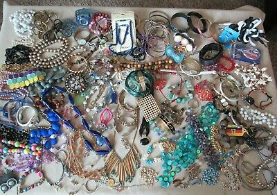 $ CDN16.69 • Buy Vintage To Modern Jewelry Lot 12.9 LB - Large Mixed Lot Of Bracelets, Necklaces