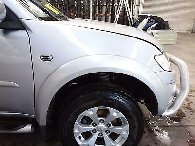AU220 • Buy Mitsubishi Triton Right Guard  Ml-mn, Flared, Non Snorkel Type, 07/06-04/152013