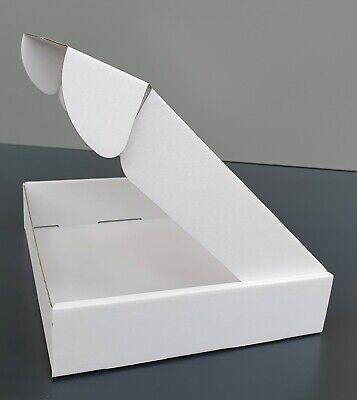 White Cardboard Lidded Box Postage Packaging Mail Small Parcel Gift 9.3x7.7x1.9 • 8.99£