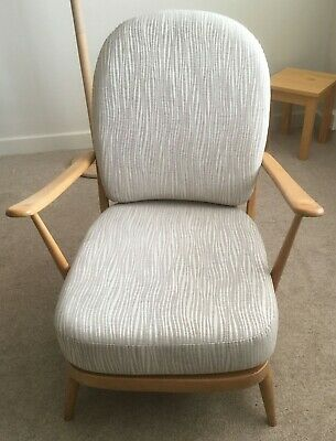 Ercol 203e Windsor Armchair - New Cushions - New Straps • 400£