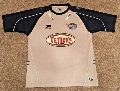 *** Vintage Leeds Rhinos Rugby League Shirt - Patrick - Size Adult Medium *** • 14.99£