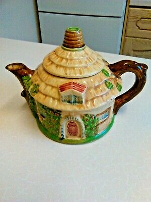 Vintage Japanese Round Thatched Cottage Novelty Ceramic Teapot (3021) • 15£