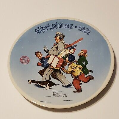 $ CDN22.65 • Buy Norman Rockwell  Santa's Helper  By Edwin Knowles Decorative Plate 1991