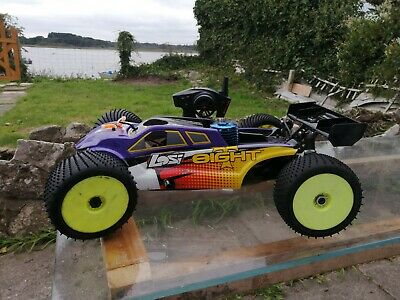 Losi 8ight T 2.0 Nitro 1/8 Scale RC Truggy - Excellent Condition Hardly Used! • 300£