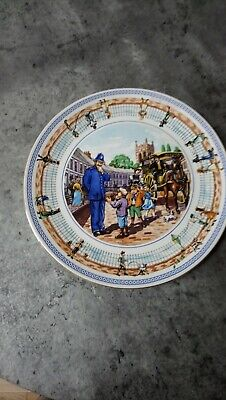 """RINGTONS Exclusive 10"""" Collectors Plate """"STREET GAMES"""" Produced By WADE CERAMICS • 3£"""