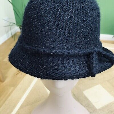 Ladies Italian Made Navy Blue Knitted Brimmed Cloche Hat Size Small • 10£