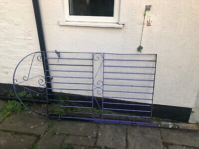 Used Metal Garden Gate: 89cm Wide (96cm Including Post) 183cm High. • 7.25£