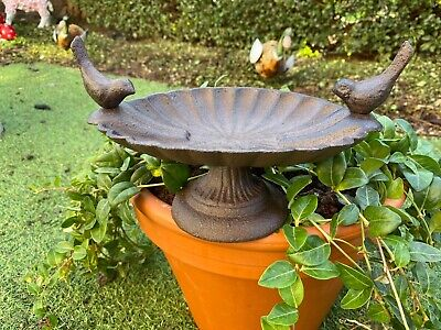 £14.95 • Buy Small Cast Iron Garden Bird Bath Or Feeder With Two Little Birds Perched On Top