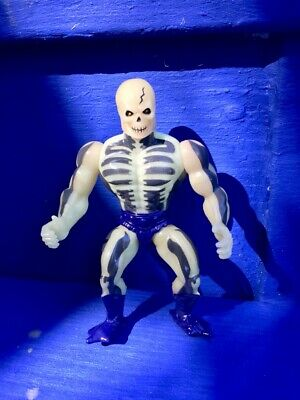 $74 • Buy  Scare Glow Figure Masters Of The Universe He-Man Skeletor