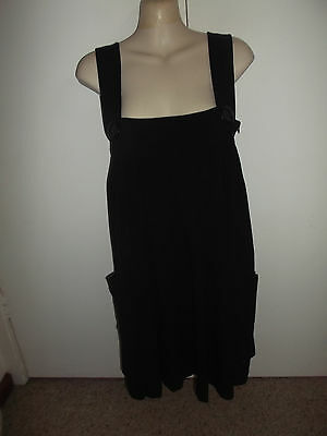 AU3 • Buy  Forever New  Ladies Overall Strap Dress ** Black ** Size 6